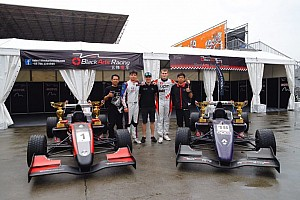 Formula Renault 比赛报告 亚洲雷诺方程式珠海站第二回合:梁瀚昭雨中蝉联冠军