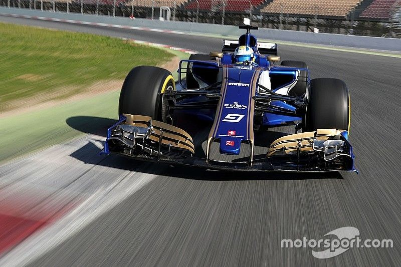 Video Sauber: ecco la C36-Ferrari nel filming day di Barcellona