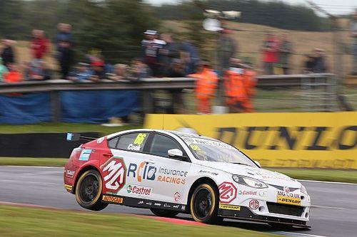 Cook gets race ban after Rockingham BTCC clashes