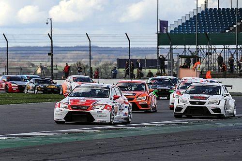 A Silverstone la SEAT del Team Bleekemolen domina la 24h