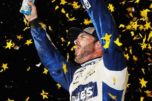 Top Stories of 2016, #9: Jimmie Johnson's historic seventh championship