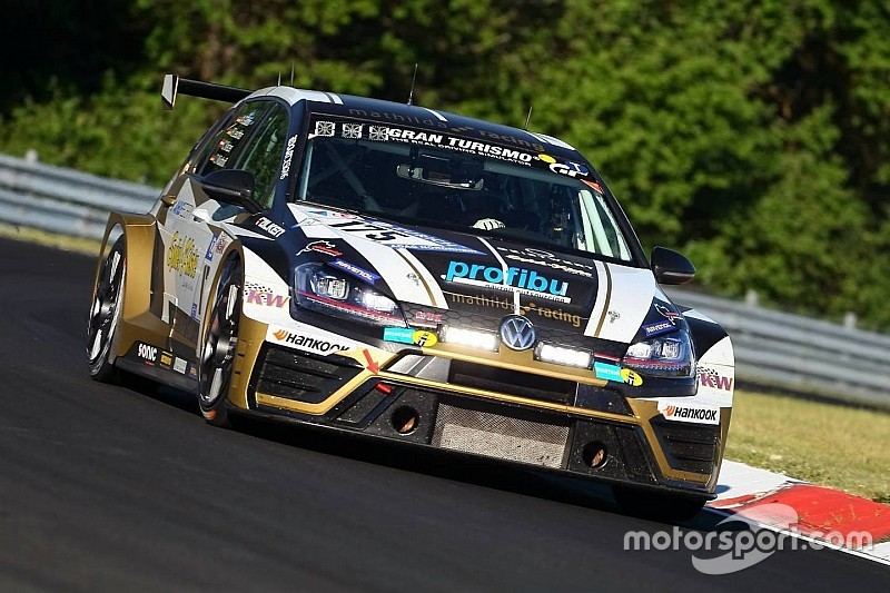 La Mathilda Racing trionfa anche nella 24h del Nordschleife