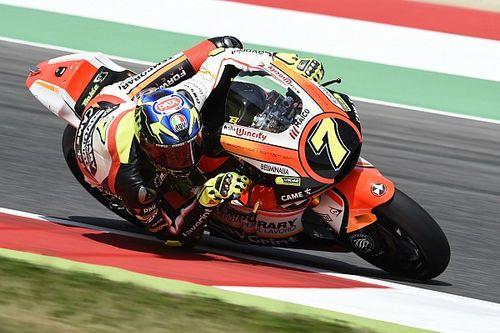 Violente chute de Baldassarri, drapeau rouge en Moto2