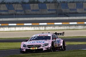DTM Raceverslag DTM Lausitzring: Auer wint Race 1, foutenfestival zorgt voor spektakel