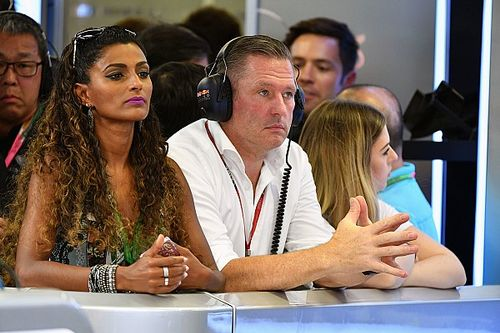 """Vettel merecía sanción"", dice Jos Verstappen"
