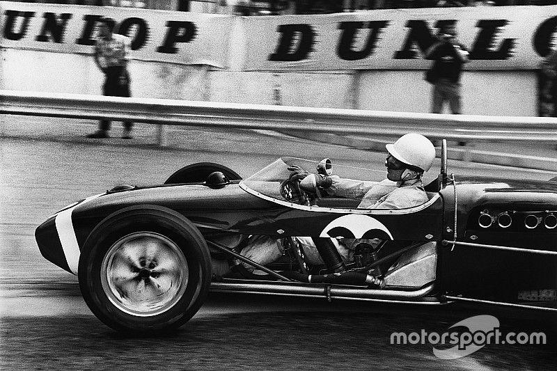 El histórico paseo de Sir Stirling Moss en Mónaco 1961