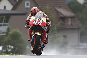MotoGP Reporte de calificación Márquez se lleva la pole a pesar de un encontronazo con Viñales