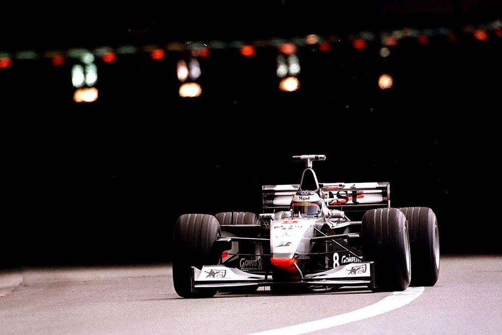 Újra beindították Hakkinen első VB-címét szállító V10-es McLarenjét! (videó)