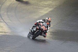 P1 Pagliani in derde training GP Japan, Bendsneyder en Loi achterin