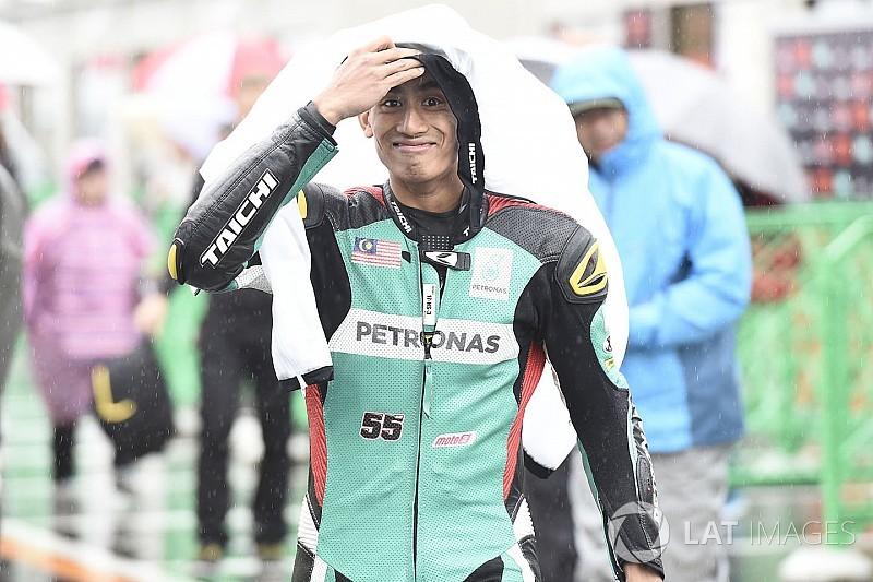 Syahrin aan kop bij ingekorte natte warm-up GP Japan