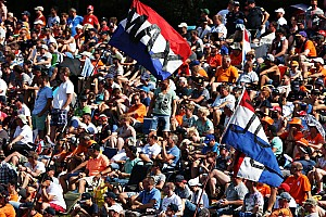 "Formule 1 Nieuws F1-baas Bratches: ""Nog steeds in gesprek over GP in Nederland"""
