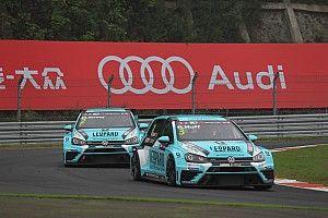 Pole position di Rob Huff a Zhejiang nel dominio Volkswagen