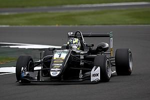 Евро Ф3 Отчет о гонке Эрикссон выиграл вторую гонку Ф3 в Сильверстоуне, Шумахер – 6-й