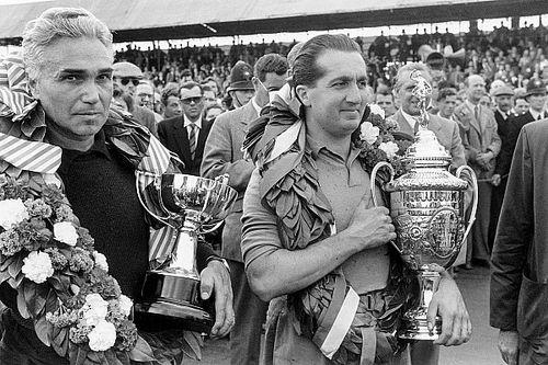 Olaszok a Forma-1-ben: 785 nagydíj, 115 versenyző, 43 győzelem, 48 rajtelsőség...
