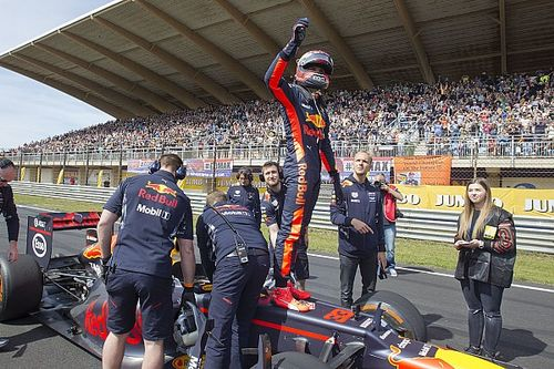From F1 Racing: The Prince of Zandvoort
