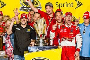 "Harvick: Winning a Cup title today ""is a much different style"""
