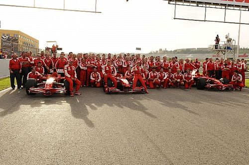 Az F1-es pilóta, aki csak két futamot kapott Massa helyén a Ferrarinál