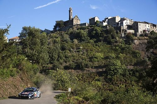 Corsica WRC: Ogier completes Friday sweep, Meeke hits trouble