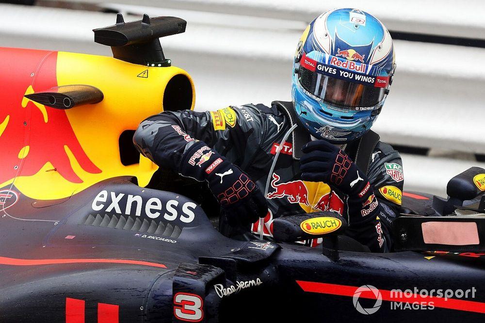 Il y a 5 ans : Red Bull tire une balle dans le pied de Ricciardo