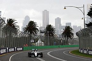 Australian GP: Hamilton tops first F1 practice of 2016