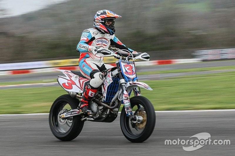 Biaggi non perde il vizio: vince Gara 2 nella Supermoto a Viterbo