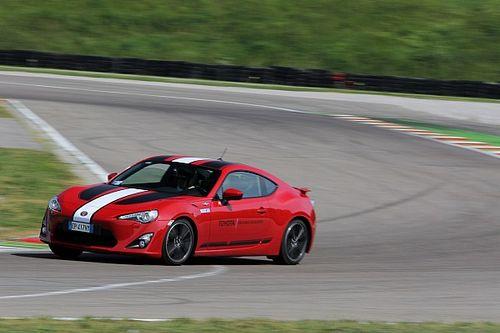 Toyota Driving Academy, a spasso con i campioni