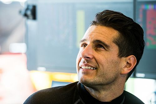 Caruso joins Supercars TV broadcast team for Darwin