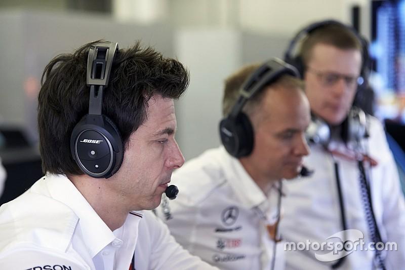 """Mercedes: cenário """"imprevisto"""" originou ordem de equipe"""