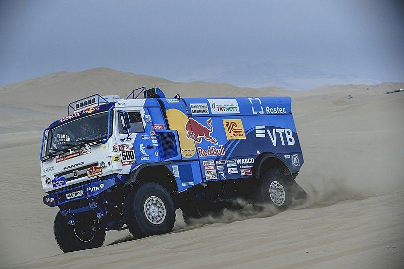 Dakar 2018: Nikolaev zet Kamaz aan kop bij de trucks