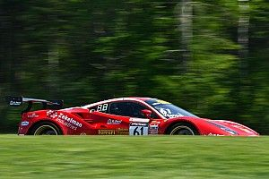 Lime Rock PWC: Porsche and Ferrari share GT SprintX spoils
