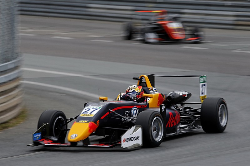Norisring F3: Ticktum edges Vips in stop-start finale