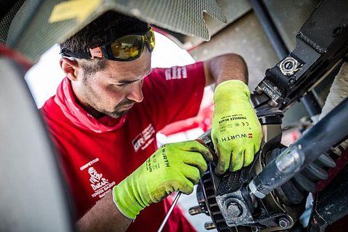 Dakar: Luca Lorenzato, un meccanico tricolore al servizio di Al-Attiyah
