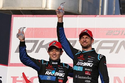 "Button takes ""a lot of happiness"" from Super GT podium"