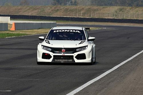 RKC/TGM Motorsport porta al debutto la nuova Honda Civic TCR a Dubai