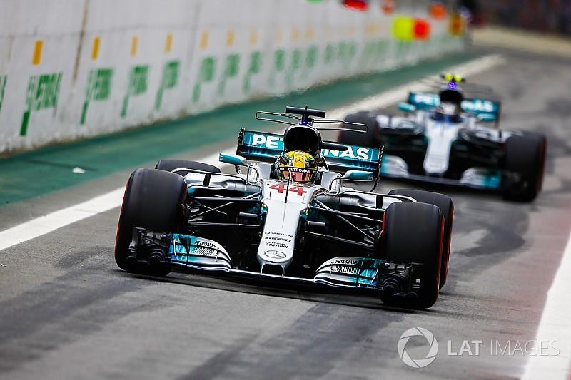 Lewis Hamilton startet mit neuem Motor aus Boxengasse
