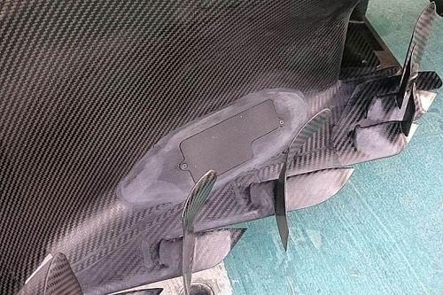 Mercedes: c'è un misterioso sportello nel bargeboard della W08!