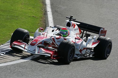 Ex-F1 driver Sakon Yamamoto to make single-seater return