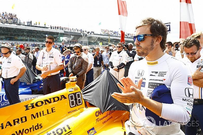 """Alonso: """"Voglio guardare oltre il piccolo mondo della Formula 1"""""""