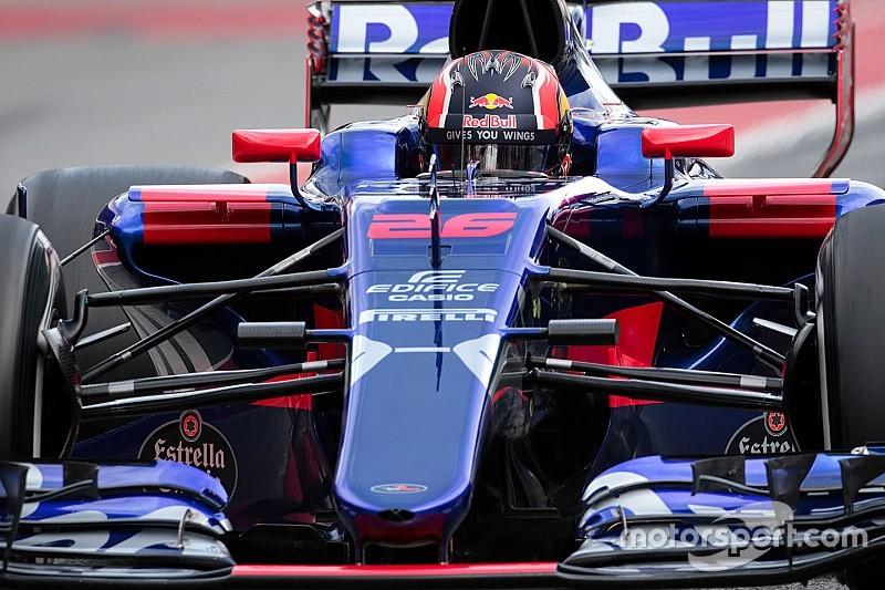 Newey, interesado en las suspensiones de Toro Rosso y Mercedes