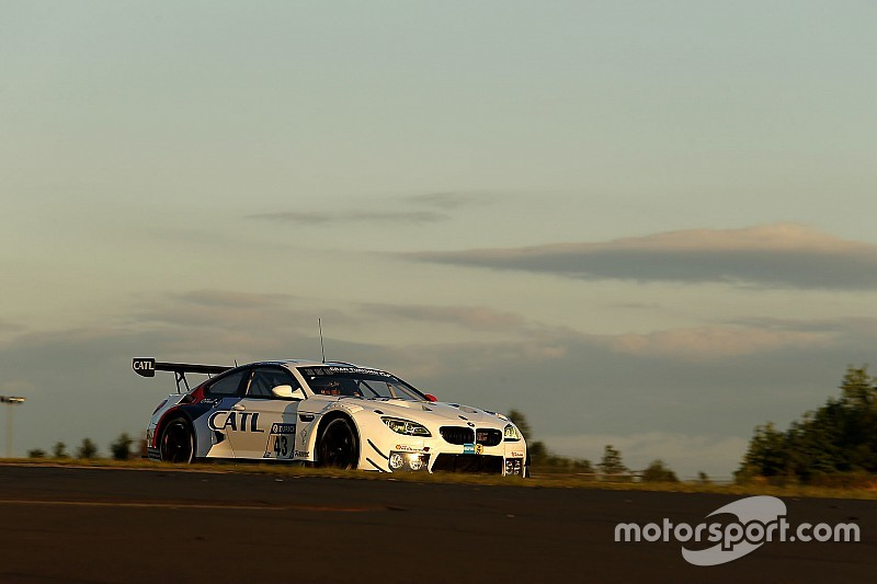 24 Ore del Nurburgring: Farfus mette in pole provvisoria la BMW