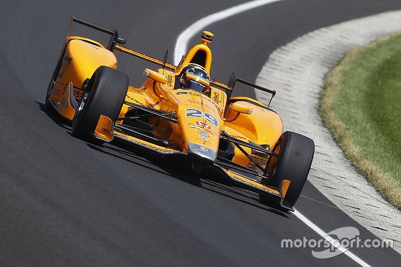 """Alonso """"would have been right there"""" without failure - Brown"""