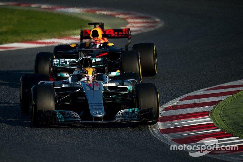 """Titelstrijd gaat tussen Hamilton, Vettel, Ricciardo en Verstappen"", voorspelt Webber"