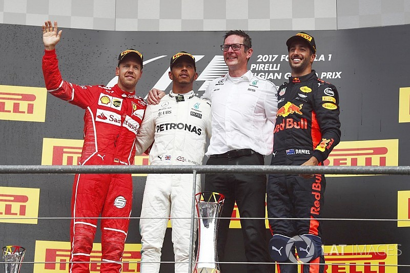 Belgian GP: Hamilton keeps Vettel at bay to win