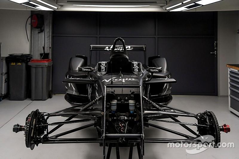 Fotogallery: visita al Reparto Corse della DS Virgin Racing