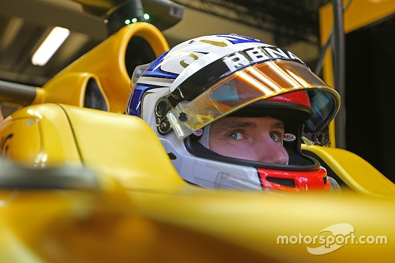 Sirotkin named official Renault F1 reserve for 2017