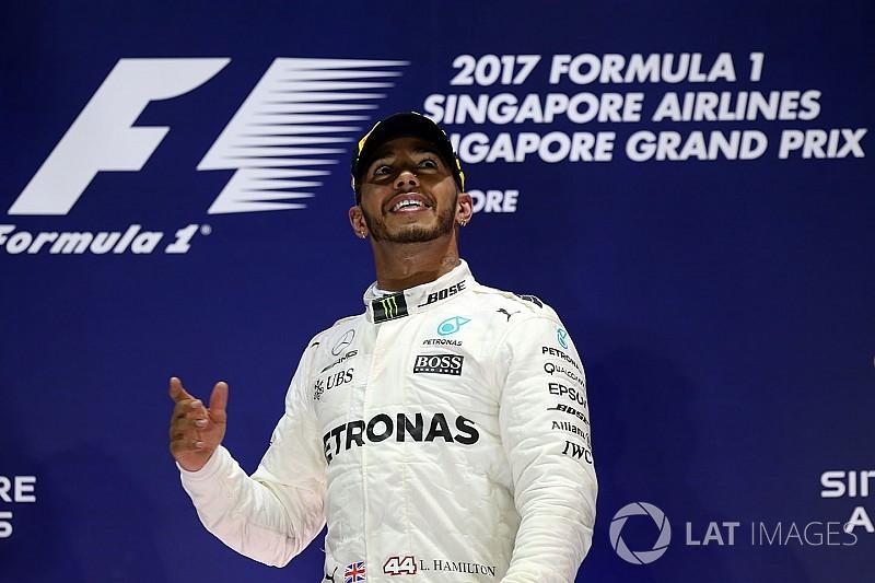 """鬼門シンガポールで""""勝った""""ハミルトン「幸運なシナリオだった」"""