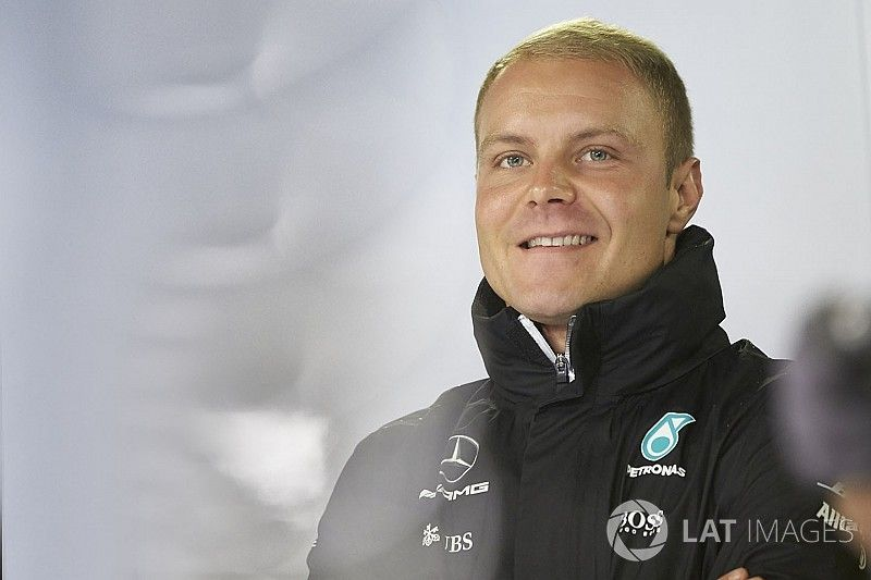 Bottas seguirá con Mercedes en 2018