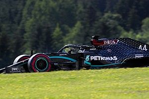 """Mercedes, """"a ciegas"""" tras los problemas de Hamilton"""