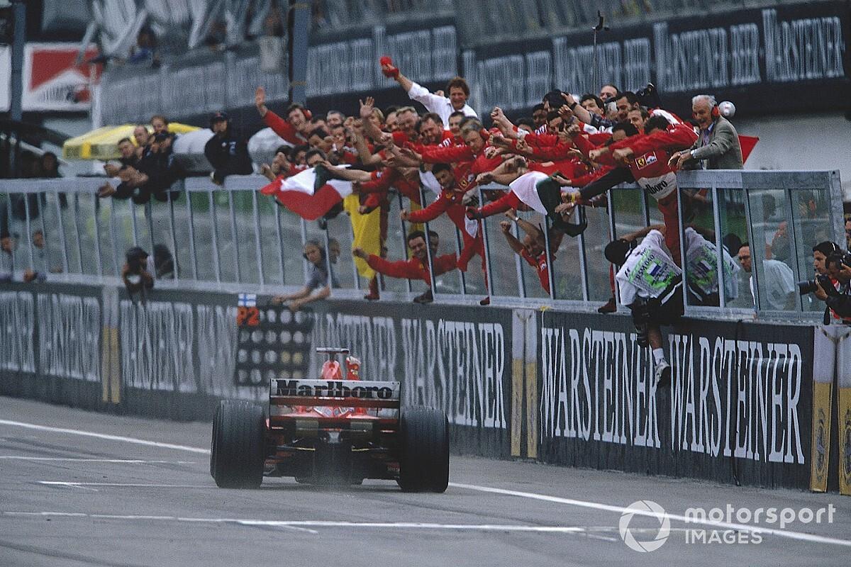 "Vettel: ""Bana göre F1 tarihinin en iyisi Schumacher"""