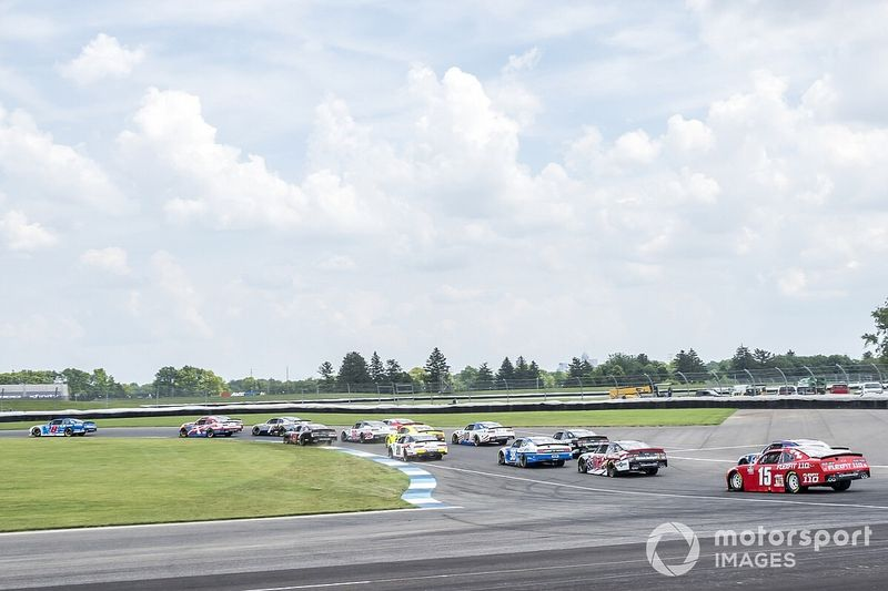 NASCAR anuncia calendário de 2021 com seis circuitos mistos e prova na terra após 50 anos